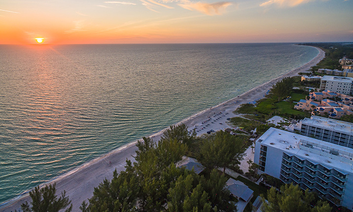 sunsetting over gulf of mexico at sage on longboat key